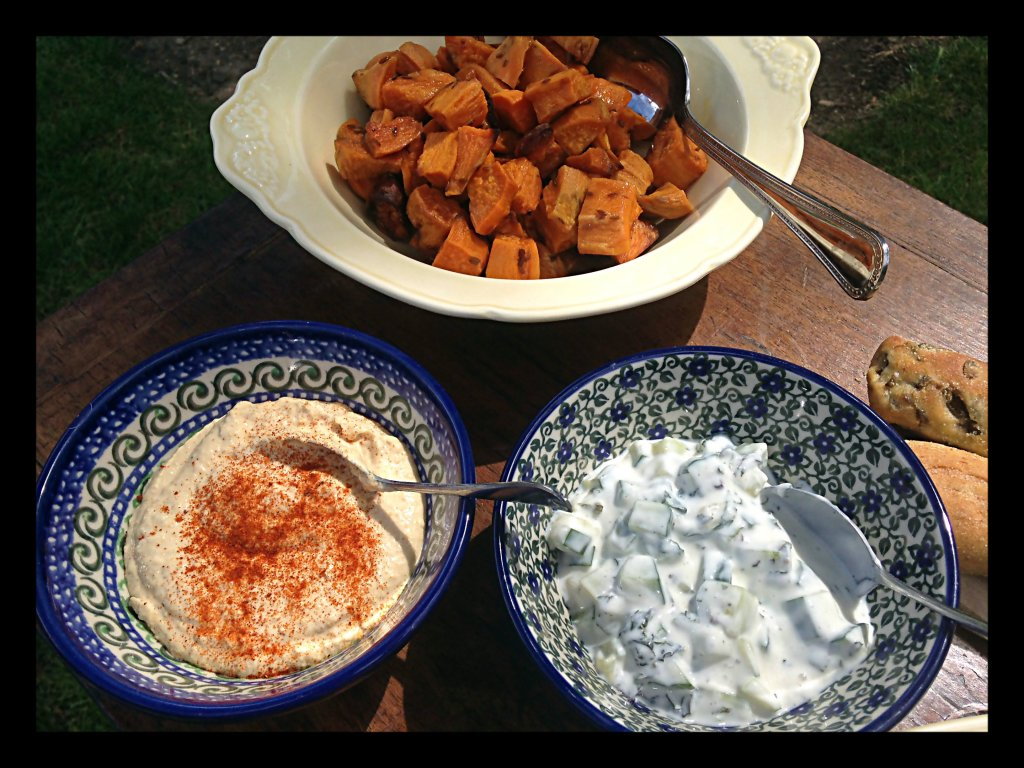 Houmous, Cumin Roasted Potatoes & Mint & Yoghurt Dip